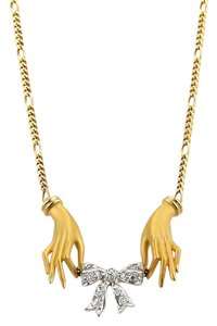 Carrera y Carrera 19064 - Hands & Diamond Bow 18k Yellow Gold Necklace