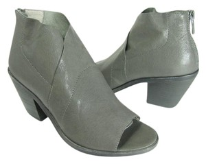 Eileen Fisher gray Boots