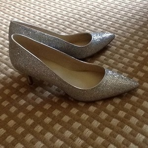 Marc Fisher silver Pumps
