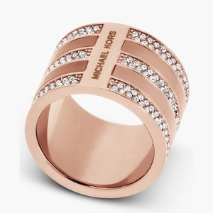 Michael Kors NWT Rose Gold Tone Pave Crystal & Blush Pink Acetate Wide Barrel Ring