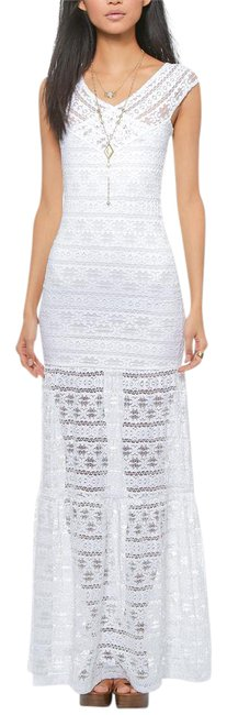 Item - White Lace Stretchy Draped Bodycon Gown New Long Casual Maxi Dress Size 14 (L)