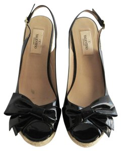 Valentino Patent Leather Bow 39 Black Wedges