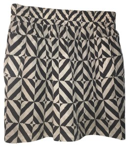 Club Monaco Elastic Silk Classic Mini Chic Mini Skirt black