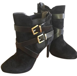 Charles David Buckle Suede black Boots