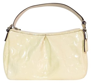 Coach Leather - Up to 70% off at Tradesy (Page 172) ac80a5766b10d