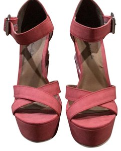 Michael Antonio pink/silver Wedges