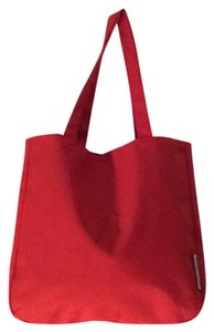 bugaboo Tote in red