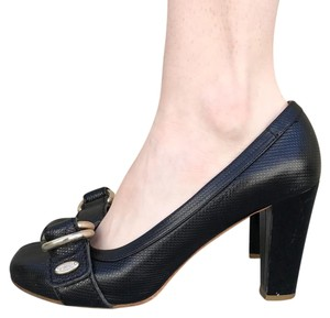 Chloé Chloe Business Classic Chic Black with Buckle Pumps