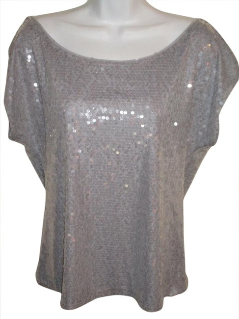 Item - Silver All Over Sequin Cap Sleeve Blouse Size 6 (S)