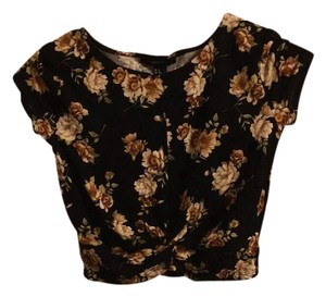 Forever 21 Top Black with floral print