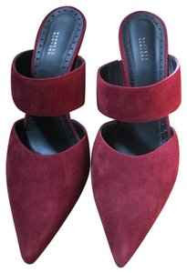 Barneys New York wine Mules