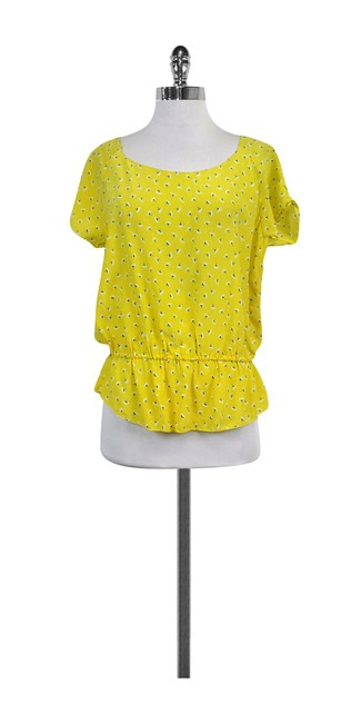 Preload https://img-static.tradesy.com/item/21122945/joie-yellow-printed-silk-blouse-size-8-m-0-0-650-650.jpg