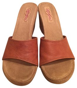 Skechers Tan/Brown Wedges