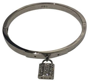 Swarovski New Swarovski Crystal Hinge Bangle Lock Bracelet