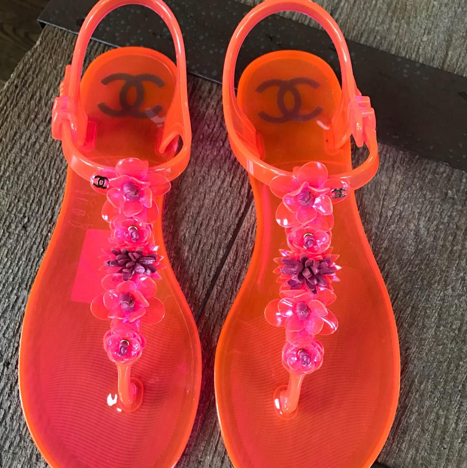 d188064767d4 Chanel Pink Neon Jelly Camelia Thongs Flats Sandals Size EU 37 ...