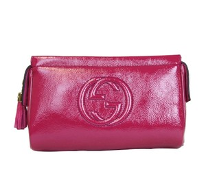 Gucci Soho Patent Leather Cosmetic Fuchsia Clutch