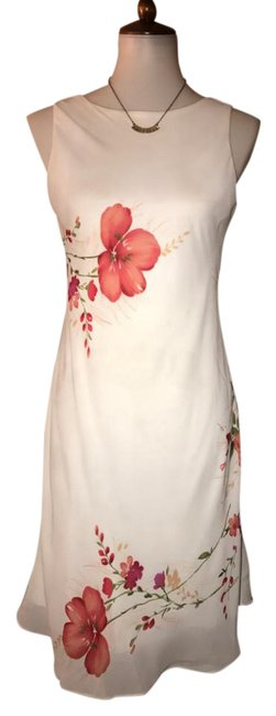 Item - White Multi Colored Floral Printed Sleeveless V Back Knee Length Short Casual Dress Size 8 (M)