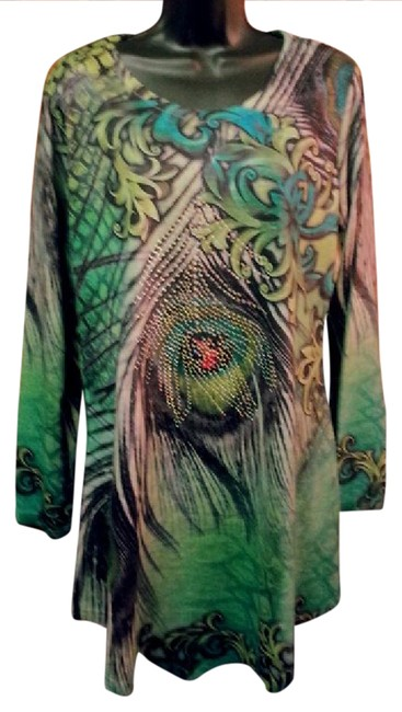 Preload https://img-static.tradesy.com/item/21124646/india-boutique-emerald-multi-fab-new-knit-paisley-crystal-osfm-tunic-size-os-one-size-0-1-650-650.jpg