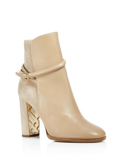 Preload https://img-static.tradesy.com/item/21127195/burberry-nude-shola-mixed-media-bootsbooties-size-eu-40-approx-us-10-regular-m-b-0-0-540-540.jpg