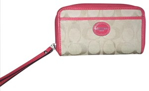 Coach Wristlet in Beige and red