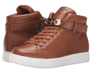 Coach Designer's Sneakers Sneakers Leather Sneakers Swagger Sneakers Double Turn Lock Saddle Athletic