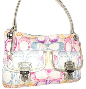 Coach Poppy Dream C Limited Edition Spring Hobo Bag