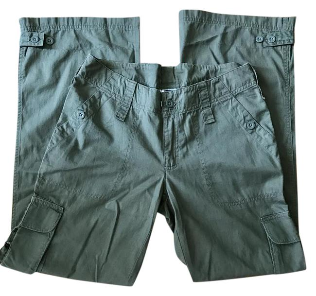 Item - Military Green Cargo Activewear Bottoms Size 6 (S, 28)