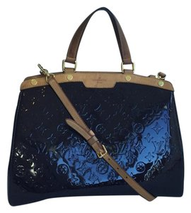 Louis Vuitton Brea Gm Vernis Patent Leather Satchel in Amarante (Eggplant)