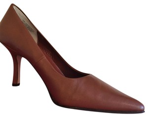Ann Marino Leather Heels Classics Brown Pumps