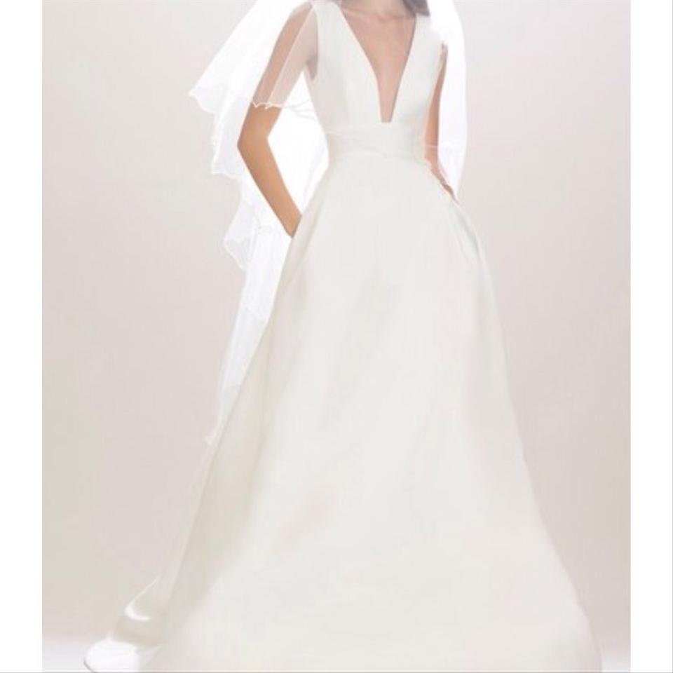Carolina herrera wedding gown wedding dress on sale 1 Carolina herrera wedding dresses for sale