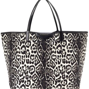 Givenchy Tote in Black and white