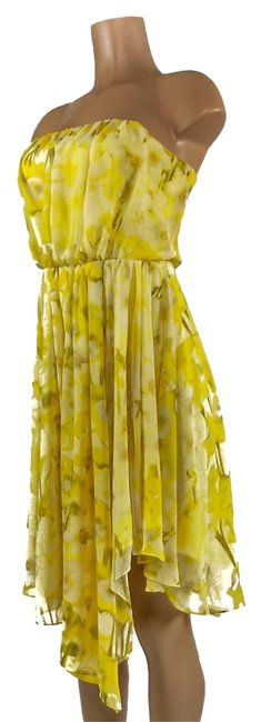 Item - Flowers Yellow Pattern Mid-length Cocktail Dress Size 8 (M)