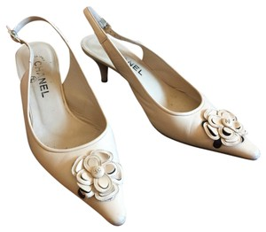 Chanel Ivory Pumps