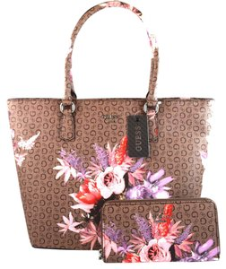 Guess Tote in Mocha Brown
