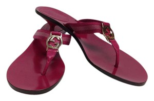 Gucci Fushia Sandals