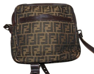 Fendi Rare Vintage Style Chic And Stylish Excellent Vintage Perfect For Everyday Shoulder Bag