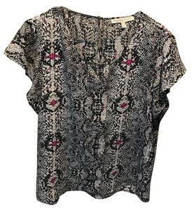 Daniel Rainn Top Grey with black, white and pink print
