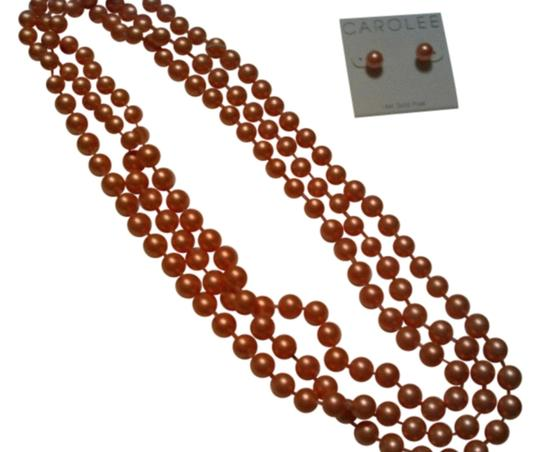 Carolee Carolee faux pearl necklace and pierced stud earring set in peach.