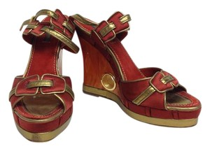 Louis Vuitton Limited Edition Rust Wedges