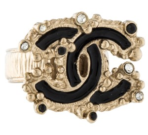 Chanel Gold-tone Chanel interlocking CC crystal ring 5.5