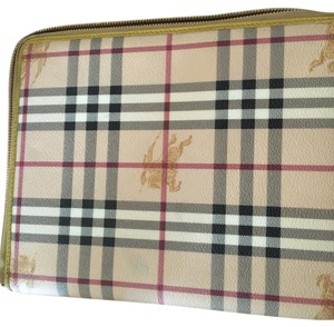 Burberry Ipad