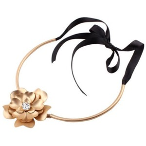 Other Large 3D Gold Flower Tie Choker Statement Necklace D40