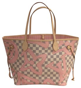 Louis Vuitton Rose Tahitienne Neverfull New Release Rose Ballerine Tote