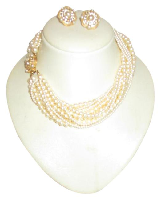 Item - Gold & Ivory Simulated Pearl Necklace Bracelet and Earring Set