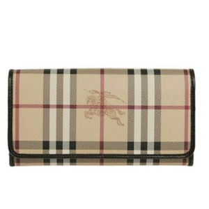 Burberry haymarket check flap