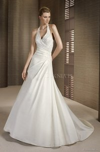 Pronovias Tesoro Wedding Dress