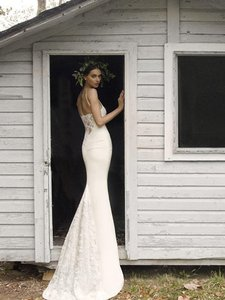 Nicole Miller Nicole Miller Hampton Lace Back Antique White Wedding Sleeveless Gown Wedding Dress