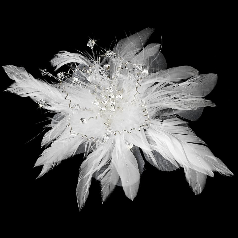 Elegance By Carbonneau White Floral Fascinator With Crystals Clip