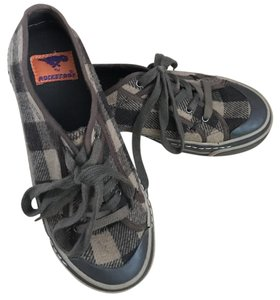 Nwot Size 7 Woman New Plaid Sneakers brown, tan Athletic