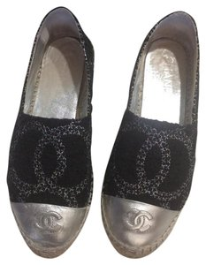 Chanel black and gray Flats